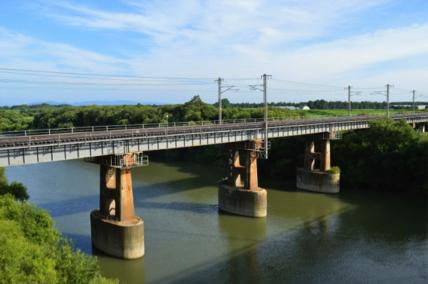 函館本線夕張川鉄道橋の写真